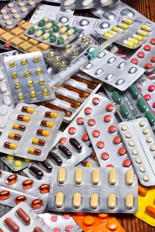 Download Diverses pillules image stock. Image du clinique, pharmaceutique - 56477077