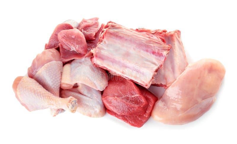 Diverses viandes crues sur le fond blanc images stock