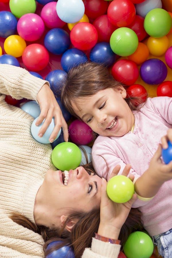 Diversión colorida de las bolas fotografía de archivo libre de regalías