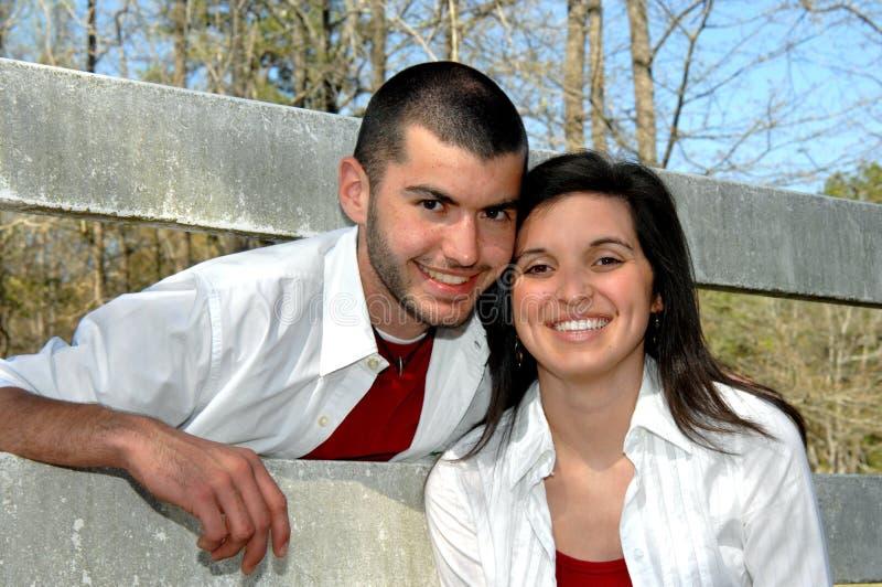 Diversión del hermano y de la hermana imagen de archivo libre de regalías