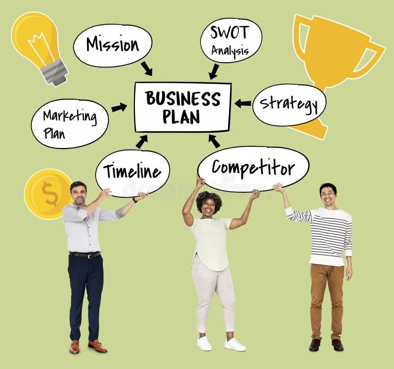 Diverso gruppo con un business plan fotografia stock