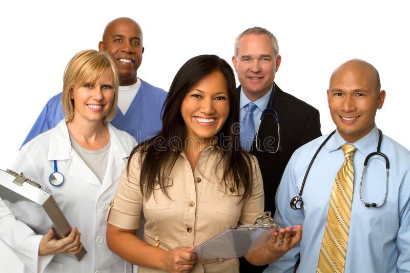 Diverso gruppo dei fornitori di cure mediche fotografie stock libere da diritti