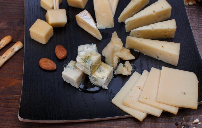 Diverso queso fotos de archivo