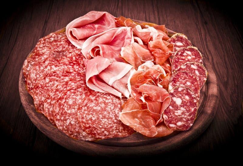 Diverso salami italiano fotos de archivo
