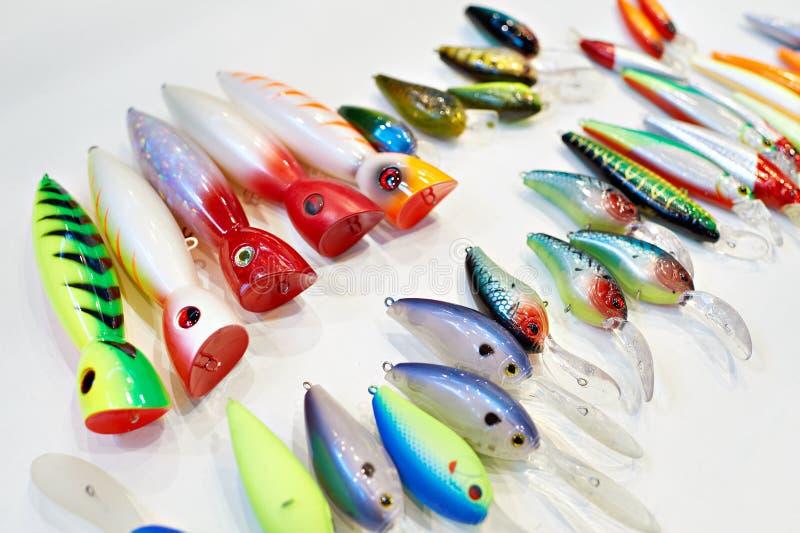 Diversos cebos de pesca plásticos coloridos fotos de archivo libres de regalías