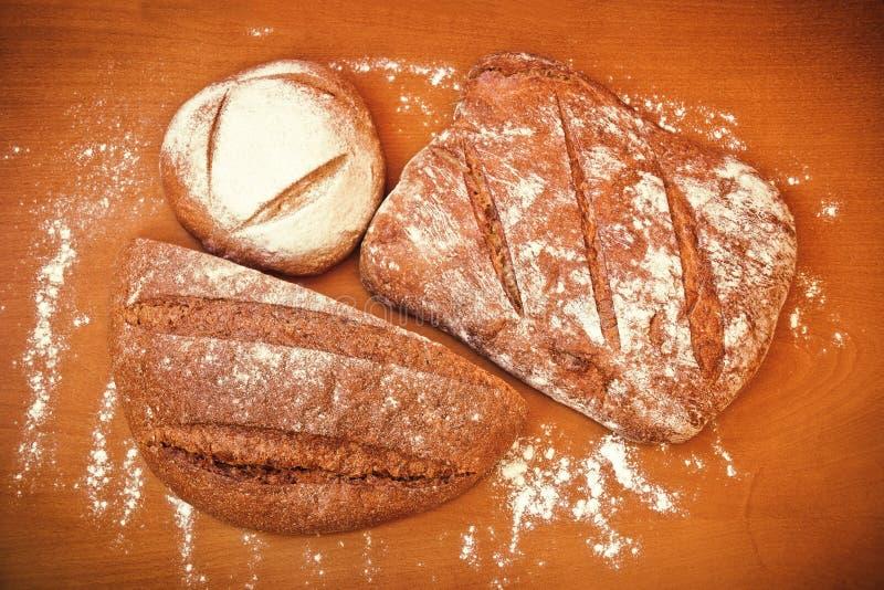 Diversos tipos de pan de centeno fotografía de archivo