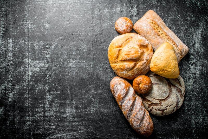Diversos tipos de pan fotografía de archivo