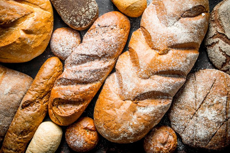 Diversos tipos de pan foto de archivo libre de regalías