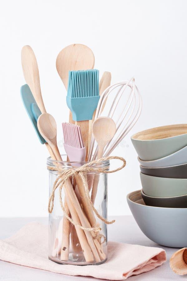 Diversos utensilios de la cocina Libro de cocina de la receta, conce de las clases de cocina imagen de archivo libre de regalías