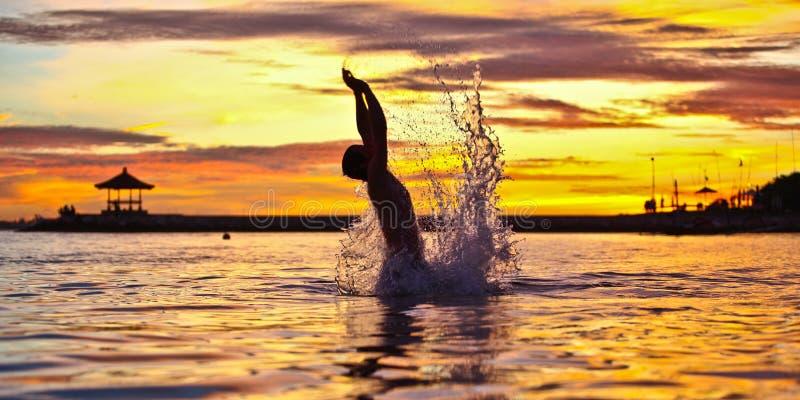 Divertimento al tramonto fotografia stock