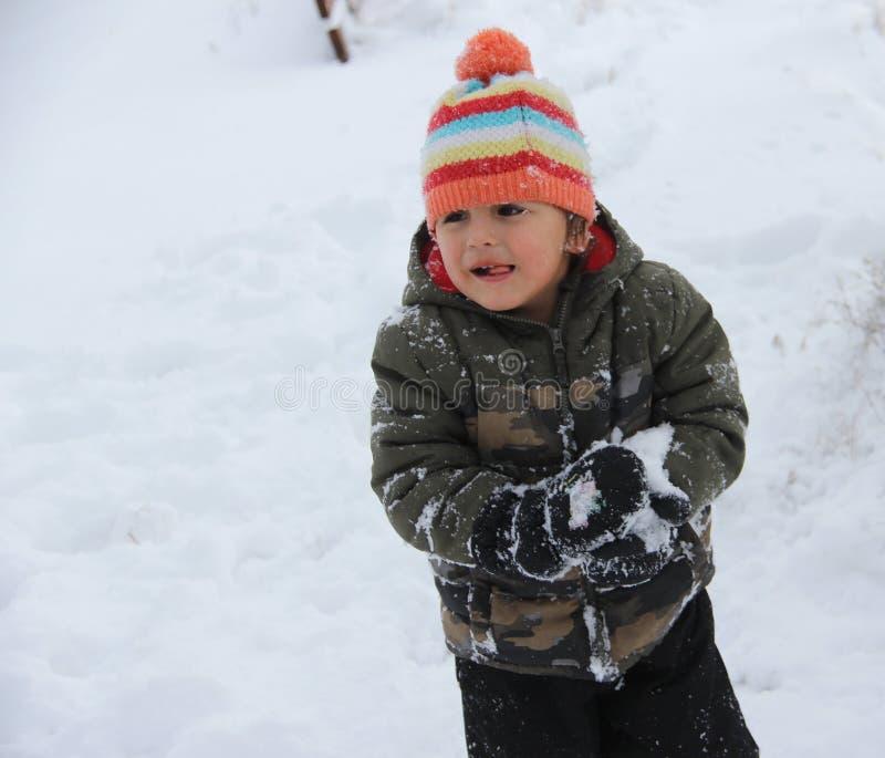 Divertimento della neve di inverno nei praiires fotografia stock libera da diritti