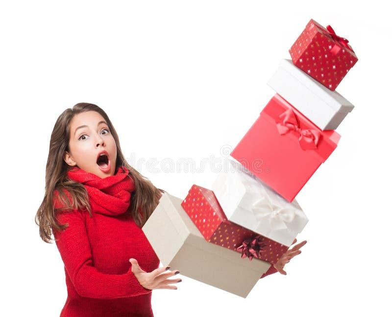 Divertimento di Natale con bellezza castana immagine stock libera da diritti