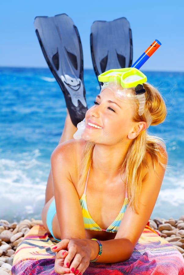 Divertimento do verão na praia fotos de stock royalty free