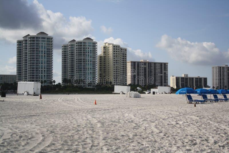 Divertimento e Sun na praia Fl de Clearwater fotos de stock