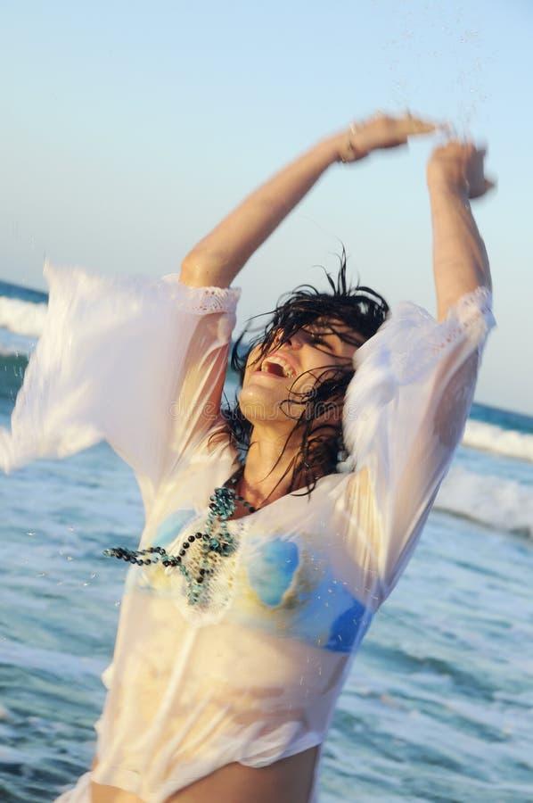 Divertimento na praia fotos de stock royalty free