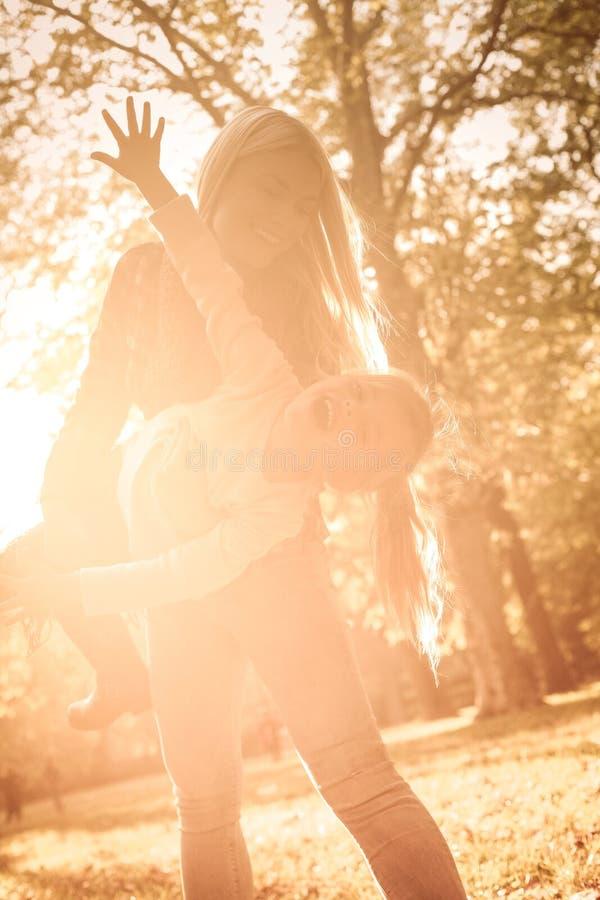 Dividendo un giorno perfetto insieme fotografia stock