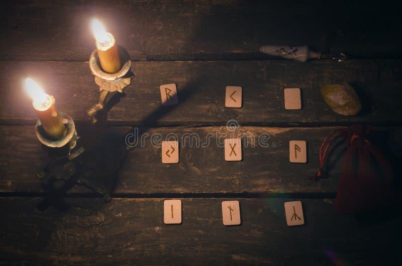 Divination πετρών ρούνων στοκ εικόνες με δικαίωμα ελεύθερης χρήσης