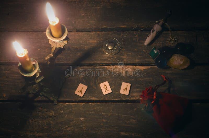 Divination Rune каменный стоковая фотография rf