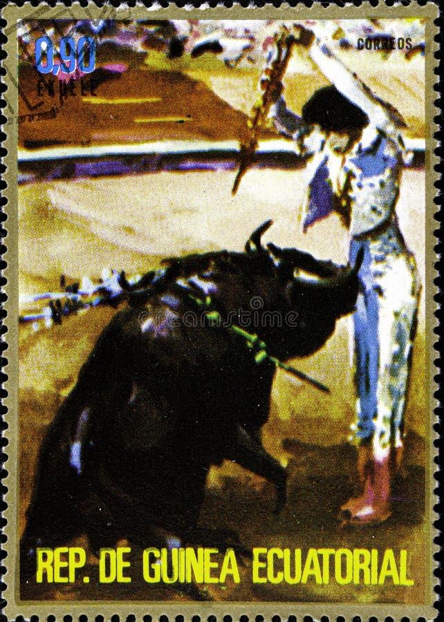 02 09 2020 Divnoe Stavropol Ρωσική ταχυδρομική σφραγίδα Ισημερινή Γουινέα 1975 Ταυρομαχία Τύχη των βασανιστών της μπαντερίλας στοκ φωτογραφία με δικαίωμα ελεύθερης χρήσης