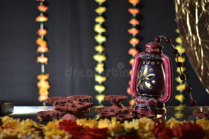 Diwali ljusgarnering hemma arkivfoto