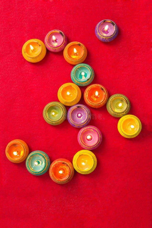Diwalilampen in Vorm die van Om worden geschikt stock fotografie