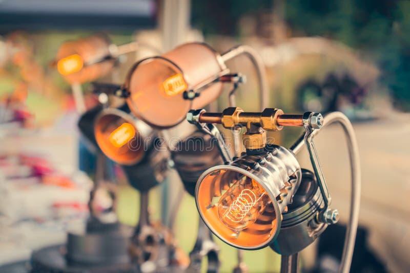 DIY lampy robić od samochodowych części obraz royalty free