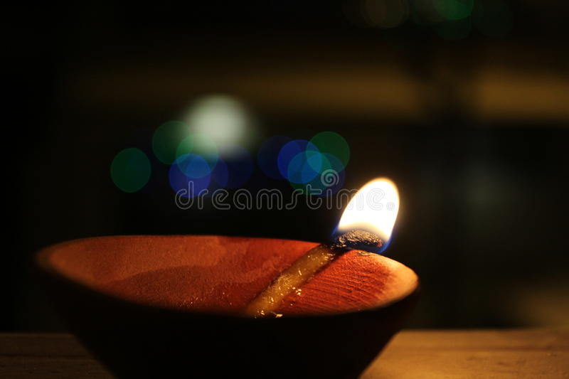 Diya no festival de Diwali do indiano imagem de stock royalty free