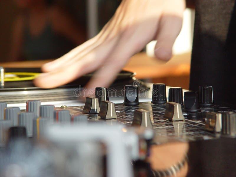 Download DJ-1 photo stock. Image du gratte, week, enregistrements - 83742