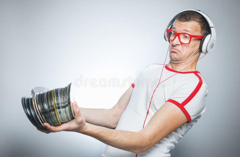 DJ divertido con Cdes imagen de archivo