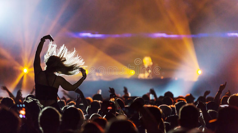 DJ en el concierto imágenes de archivo libres de regalías