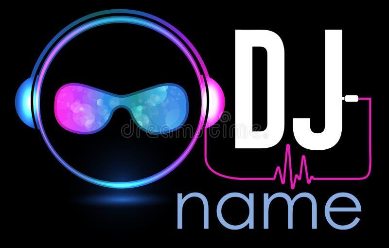 DJ Logo Design Projeto criativo do logotipo do vetor com fones de ouvido e DJ com vidros Molde do logotype da música Para o acess ilustração do vetor
