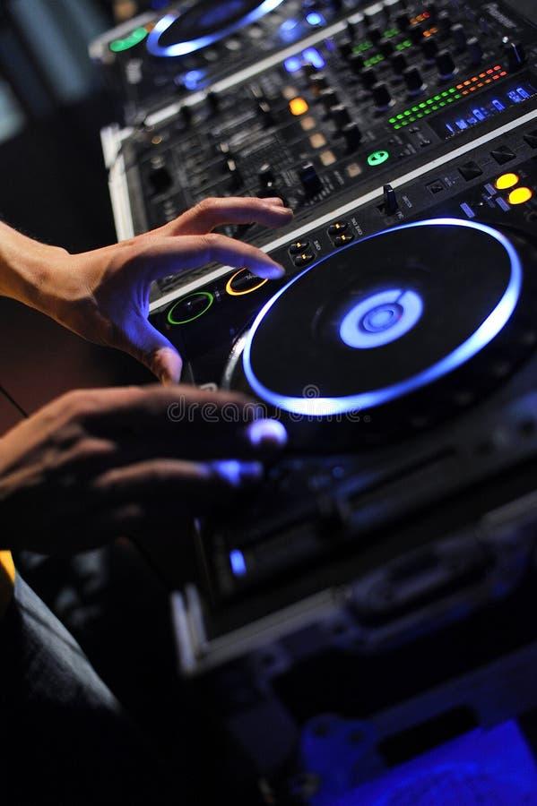DJ mengt het spoor royalty-vrije stock foto's