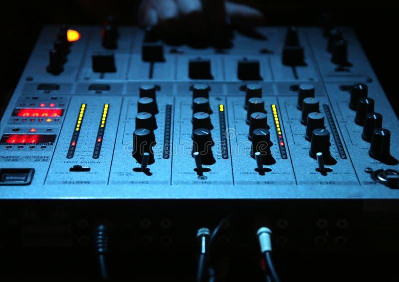 dj - mixer elektronicznego zdjęcia stock