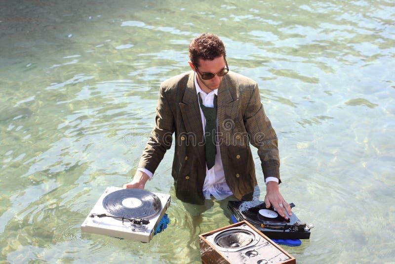 DJ in overzees stock fotografie