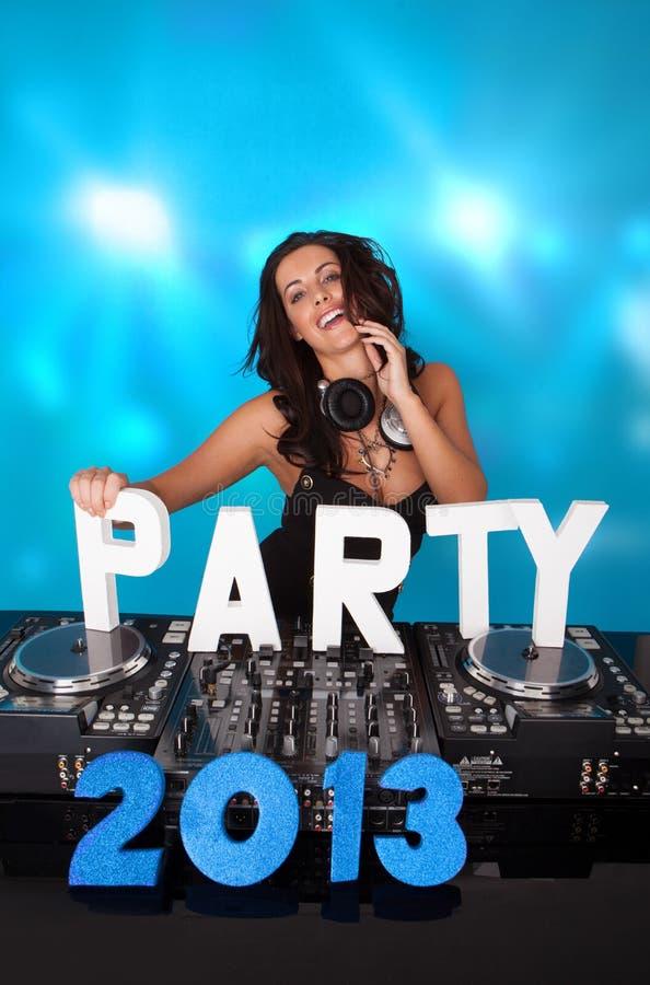 DJ Vivacious com PARTIDO 2013 no texto fotos de stock royalty free