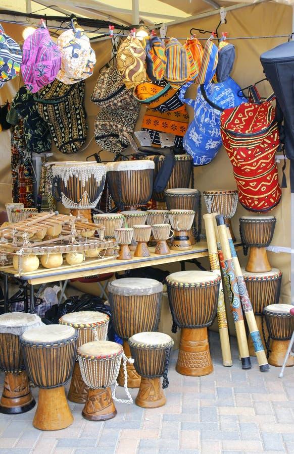 Djembe en Afrikaanse ambacht royalty-vrije stock afbeelding