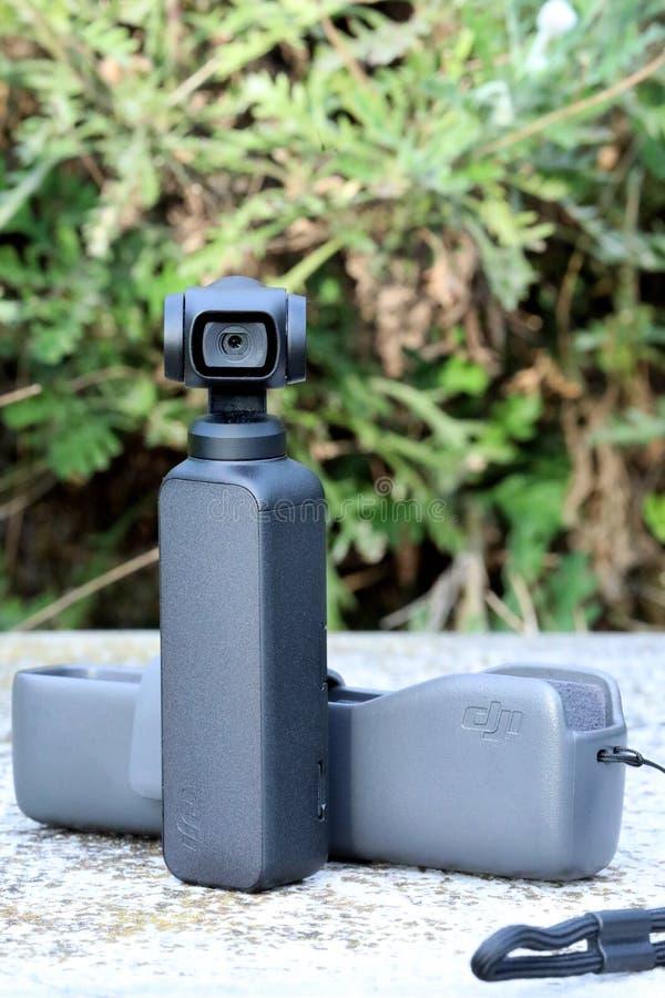 DJI pequeno novo Osmo Pocket Camera fotos de stock royalty free