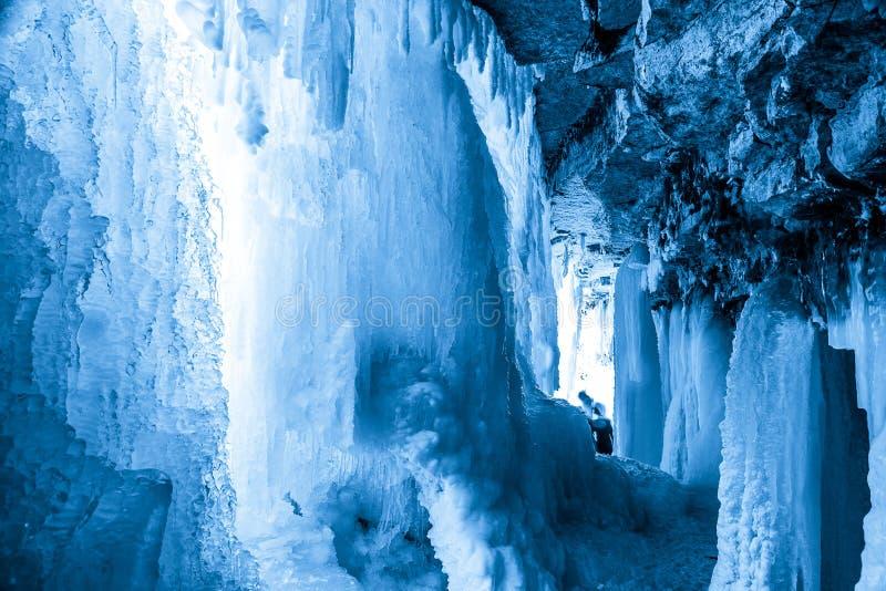 Djupfryst estländsk vattenfall Jagala Lång exponering sköt royaltyfria bilder