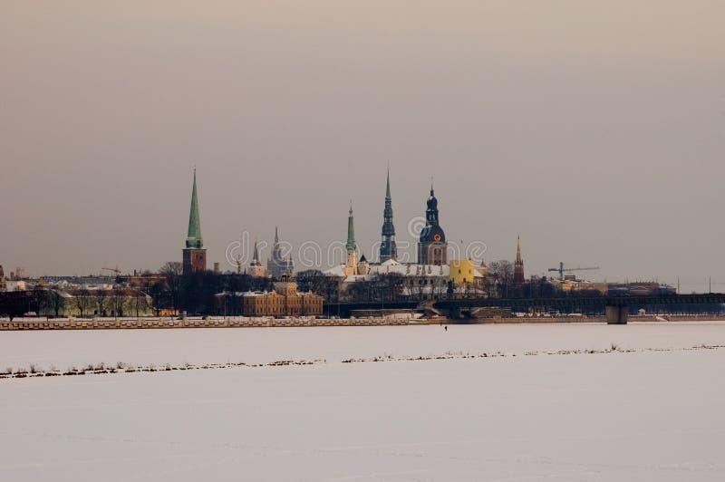 djupfryst gammalt över panoramat riga arkivbilder