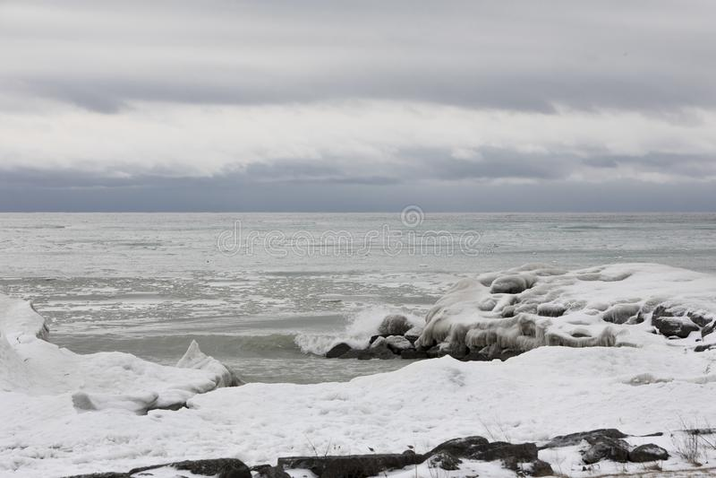 Djupfryst landskap på Greaten Lakes royaltyfria foton