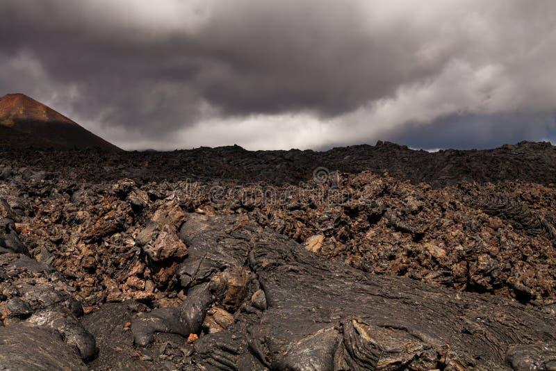 Djupfryst lava av den Tolbachik vulkan, Kamchatka arkivfoton