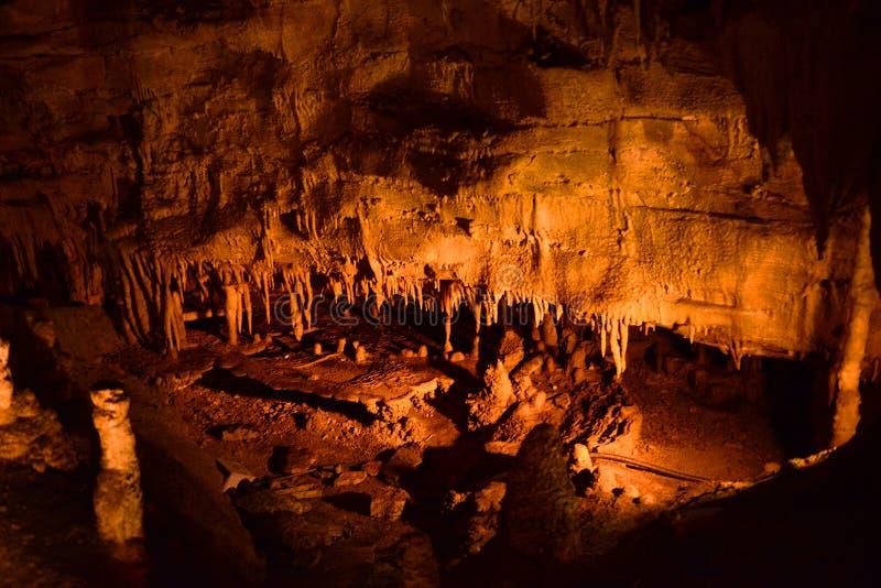 Djupfrysta Niagara, kolossal grottanationalpark, USA arkivbild