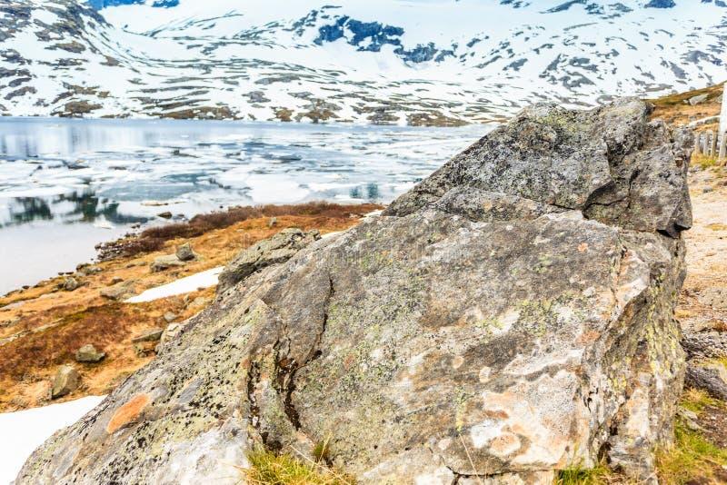 Djupvatnet jezioro, Norwegia obrazy stock