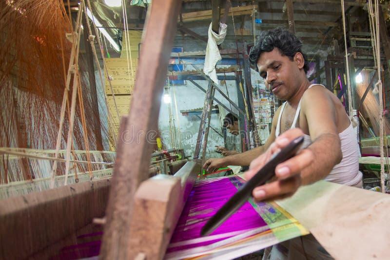 DM Joshim 30 anos um trabalhador de Benarashi Palli foto de stock