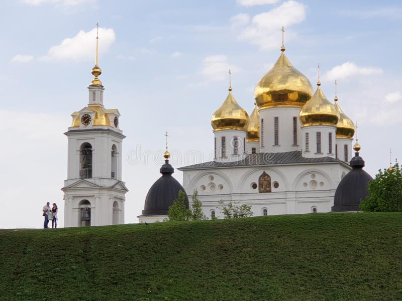 Dmitrov Rusland - Mei 10, 2019: Dmitrov het Kremlin stock afbeelding