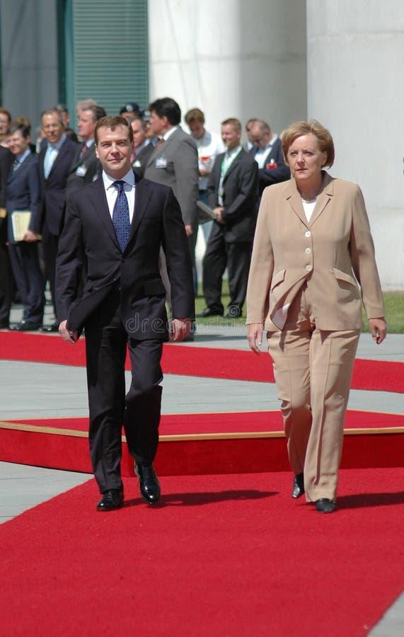 Dmitry Medvedev, Angela Merkel lizenzfreies stockbild