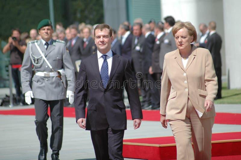 Dmitry Medvedev (Dmitri Medwedew), Kanzler Angela Merkel stockfotos