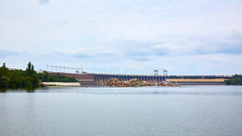 Dneproges - la plus grande centrale hydroélectrique sur la rivière de Dnieper  image libre de droits