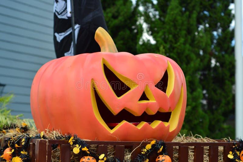 Dnia Halloweenowy duch z bani głową obraz royalty free