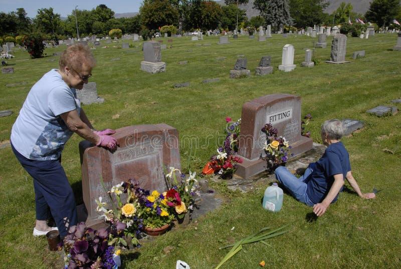 DNIA PAMIĘCI świętowanie PRZY NORMALNYM wzgórze cmentarzem zdjęcie royalty free